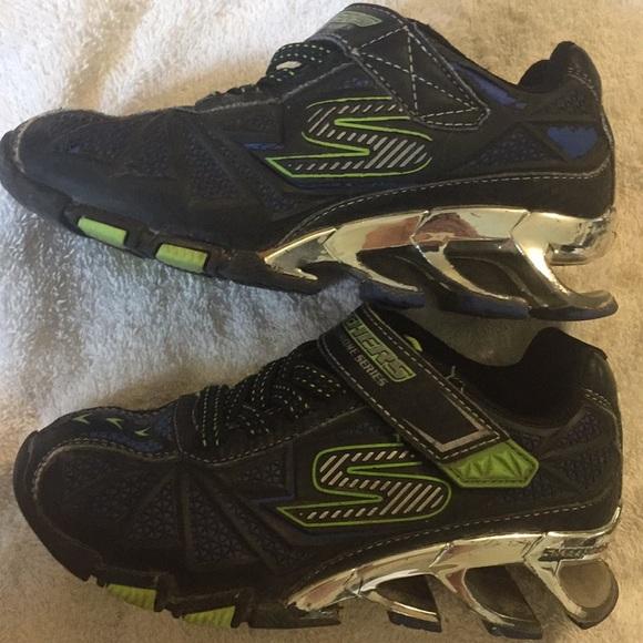 Sketchers 11.5 sneakers skx boys